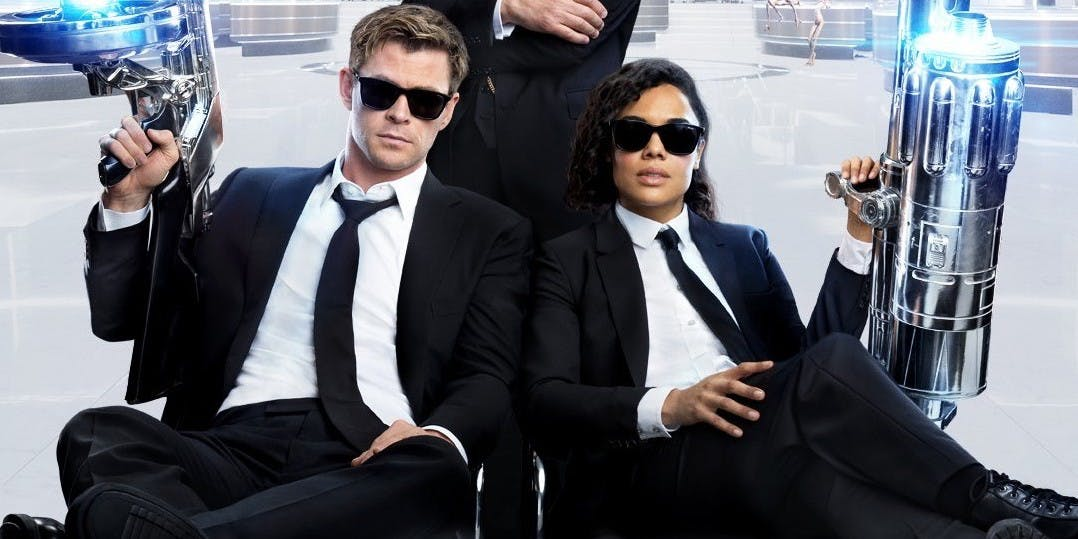 "<span class=""entry-title-primary"">New Agents Take on Aliens in 'Men in Black International' Trailer</span> <span class=""entry-subtitle"">Asgardians vs. Aliens</span>"